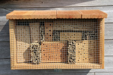 insect-hotel-3408249_1920
